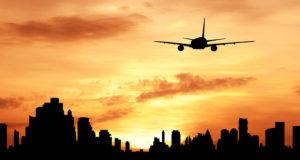 Flugzeug_Dusit_Shutterstock